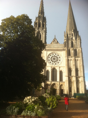Chartres front low-res 079